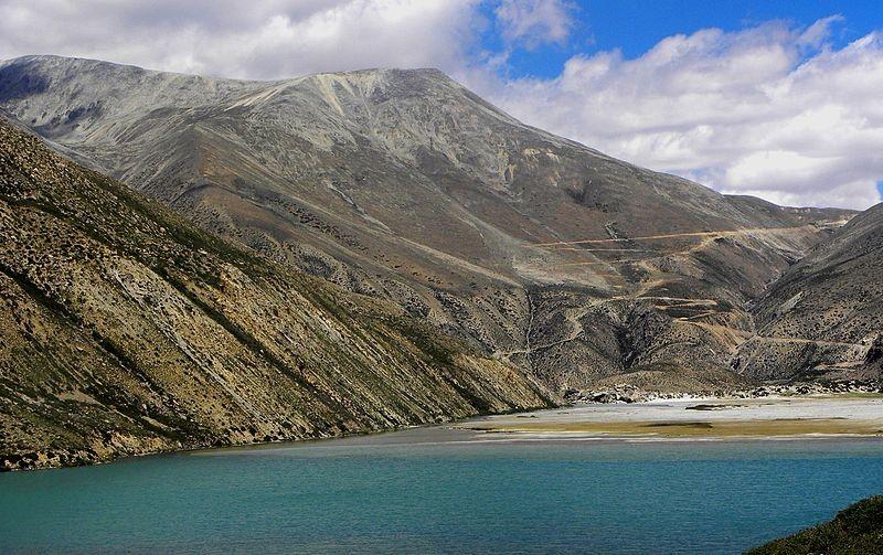 Tshom Tsho Lake